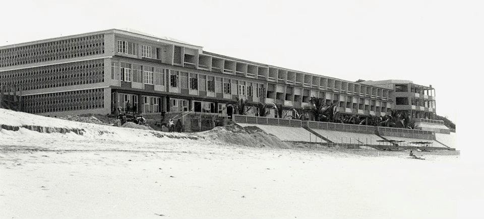 A fachada do Hotel do Chongoene, situado no Sul de Moçambique perto do Xai Xai.