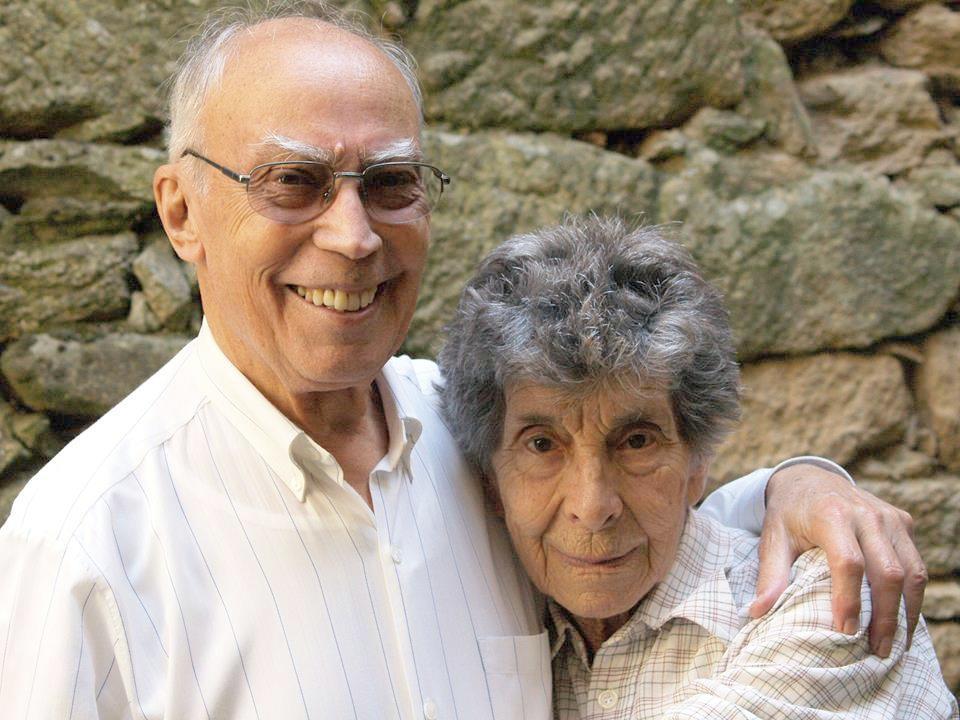 Fernando Couto, falecido recentemente, penso que com sua Mulher.